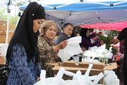 Cham Muslims Welcomes Latino Muslims To Their Mosque
