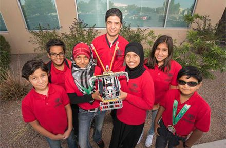 Albuquerque Muslim Students Learn Robotics From Top Engineer