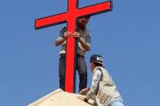 Muslim Youth Repairs Iraqi Church and The Internet Cheers