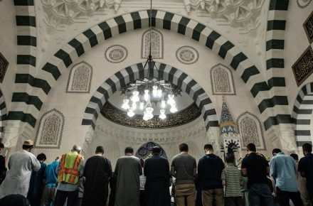 American Jewish Committee addresses those who claim Islam is not a religion