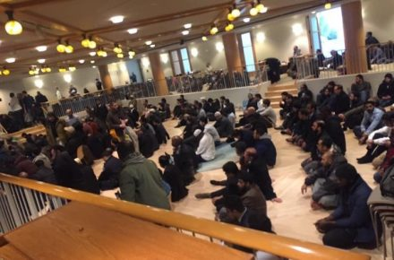 After Fire Damages NYC Mosque, Muslims Pray Inside Jewish Synagogue