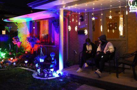 Coronavirus Report: Ramadan lights lifts spirits in Dearborn