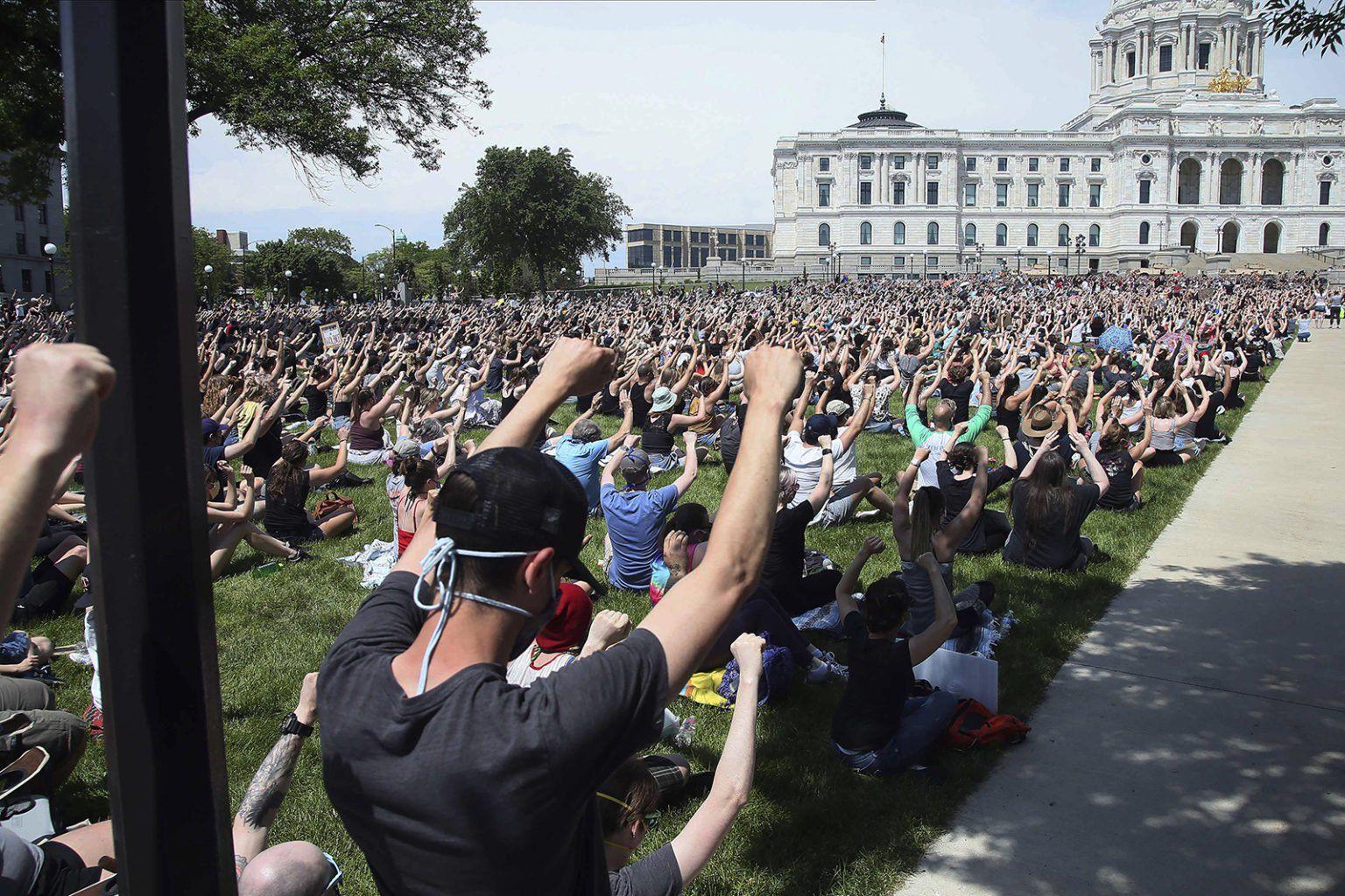 Photo Credit: AP Photo, John Minchillo via RNS